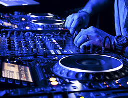 Rent a professional DJ in Johannesburg & Pretoria